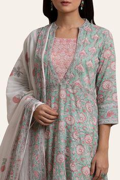 Designer Wear: Shop Designer Ethnic Wear by Farida Gupta Printed Kurti Designs, Silk Kurti Designs, Churidar Designs, Kurta Designs Women, Kurti Designs Party Wear, Blouse Designs, Kurti Sleeves Design, Kurta Neck Design, Neck Designs For Suits