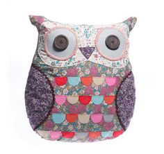 Take a look at this Purple Vintage Patchwork Owl Cushion by Sass and Belle on today! Floral Vintage, Vintage Owl, Vintage Style, Wedding Accessories, Home Accessories, Owl Box, Owl Cushion, Animal Cushions, Sass & Belle