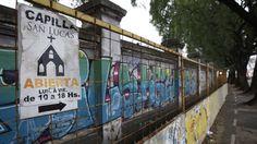Chacarita: alerta por la demolición de un muro en el cementerio Se trata del paredón sobre la calle Elcano, que data de 1871 El gobierno porteño comenzó el plan de renovación del cementerio de la Chacarita, que incluye la creación de espacios verdes y la demolición de zonas abandonadas y con riesgo de desmoronarse.