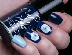 Nail art - blue Evil Eye