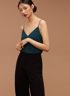 A slinky, simple, V-neck camisole to wear a million different ways. It's tailored with fluid, easy-care fabric that stays polished morning to night. Minimalist Shoes, Minimalist Fashion, Camisole Outfit, Camisole Top, Elegant Outfit, Dressing, Capsule Wardrobe, Chiffon Tops, Street Style