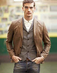 Simple, elegant, layered, stylish - C'mon, Sydney men - you can do better!