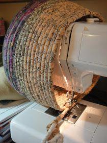 Fabric baskets - easy to make Fabric baskets - easy to mac . - Fabric baskets – easy to make Fabric baskets – easy to make - Sewing Hacks, Sewing Tutorials, Sewing Crafts, Sewing Tips, Sewing Art, Sewing Ideas, Bags Sewing, Fabric Sewing, Fabric Art