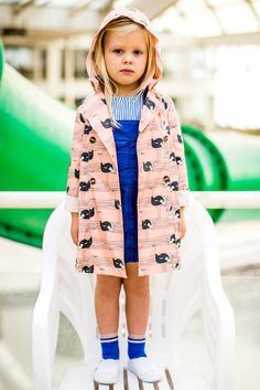 Fred & Ginger is a Belgian kids wear brand. From newborn till teen. Beautiful colours and textures with wonderful details!