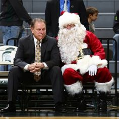 Santa joining coach Izzo on the bench during pre-game. #statebasketball #msu #spartans #Padgram