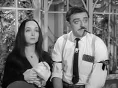 Carolyn Jones and John Astin as Gomez and Morticia Addams ❤❤