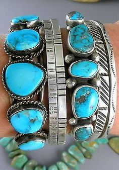Primitive-Dead-Pawn-All-Natural-Red-Bisbee-Turquoise-Navajo-Row-Cuff-Bracelet:
