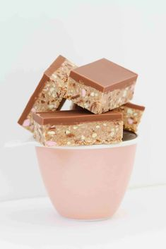 A bowl filled with chocolate Clinkers slice. Clinker Slice, Chocolate Coconut Slice, No Bake Slices, Australian Food, Australian Recipes, No Bake Bars, Lunch Box Recipes, Most Popular Recipes, Savory Snacks