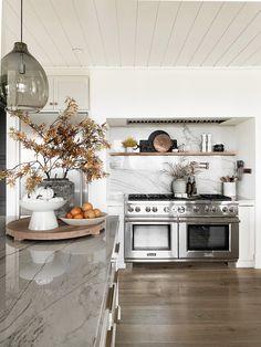 Love Shelf, Kitchen Design, Kitchen Decor, Kitchen Ideas, Kitchen Cooker, Oak Shelves, Smitten Kitchen, Halloween Home Decor, The Ranch