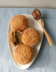 Cinnamon sugar muffins with Nutella filling. Delicious!/ myfoodpassion.net