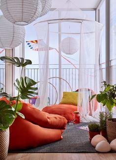 Rośliny i ogród, Wiosenna odsłona ogrodu - BUSSAN - Pufa, pomarańczowy Cena: 299 PLN   http://www.ikea.com/pl/pl/catalog/products/30312910/?query=BUSSAN SOLVINDEN - Lampa wisząca na...