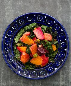 Salada de beterraba com Citrus, Kale, e pistácios