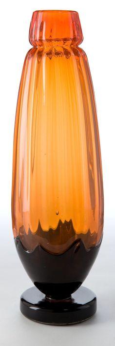 A SCHNEIDER GLASS FILETTES VASE . Charles Schneider Glassworks,   Lot #89075   Heritage Auctions