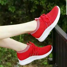 32de6cebd7705 Sepatu Kelsey Slip On TC-220 Terlaris ke Medan