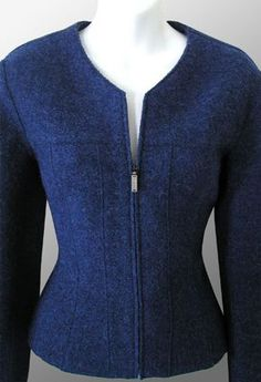 Great Chanel jacket, though I prefer buttons to zippers. Office Fashion, Work Fashion, Fashion Outfits, Womens Fashion, Fashion Design, Chanel Jacket, Office Outfits, Work Attire, Jacket Style