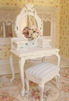 Princess Dressing Table And Stool   Dolls House Dollhouse Miniature