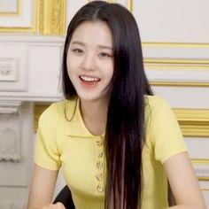 Kpop Girl Bands, Forever Girl, Japanese Girl Group, Ioi, Mingyu, The Wiz, Sweet Girls, Aesthetic Pictures, Kpop Girls