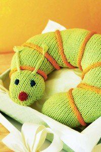 Free+Knitting+Pattern+-+Pillows,+Cushions+&+Covers:+Baby+Buddy+Inchworm+Pillow