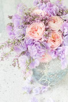 but with purple lisianthus instead of the pink flowers?