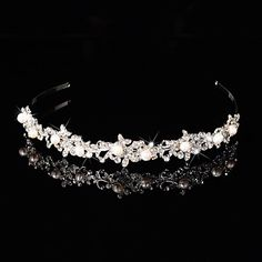 Bridal Crown Silver Tiara Queen Flower Leaf Butterfly Crystal/Diamond Flower Hairclips Headpiece Wedding/Party 3784024 2016 – $14.99