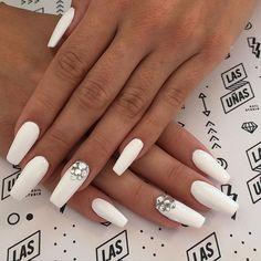 #UltraWhite Nails para ella, diosa @meellilove ❤️ #Squareletto en acrílico
