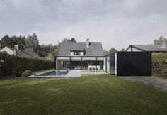 A beautiful extension by Graux & Beyens architecten a Belgian architecture firm