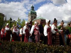 Sweden, Stockholm, celebration of people from Hälsingland in traditional Swedish dress (folkdräkt); some of them walked the 500 km from Hälsingland, a traditional farming region in Central Sweden