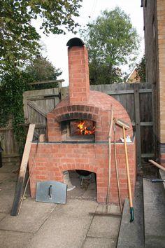 Unser Pizzaofen - Endlich Fertig! Holzbackofen, Steinbackofen ... Holzofen Im Garten Grill Pizzaofen Kamin