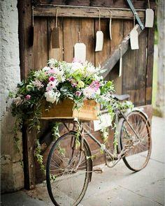 #cirkusflora #instagood #garden #flowers #plants #home #house #trädgård #pink #turquoise #wedding #bicycle #vintage Source: French Wedding Style by cirkusflora