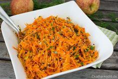 Du suchst ein Rezept für leckeren Rohkostsalat - Sesam-Karotten Salat mit Apfel und Koriander ist schnell gemacht und pur oder als Beilage einfach genial! Carrots, Cabbage, Salads, Clean Eating, Food And Drink, Low Carb, Vegetables, Beagle, Dressings