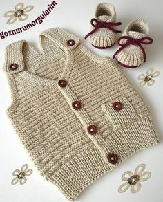 Hello both sport and modern burgundy buttons and cute booties we have a very stylish combination & Ulku lady& order was the first part of the beautiful days I hope they use & lovingly thick goodbye & d order information dm & # Bebekhırk to # Bebekatk of Baby Sweater Knitting Pattern, Baby Boy Knitting, Knitting For Kids, Baby Knitting Patterns, Crochet For Kids, Diy Crochet, Crochet Patterns, Baby Girl Cardigans, Baby Sweaters