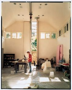 An old ice house at The MacDowell Colony has been converted into Heinz Studio, a space for sculptors and visual artists. (Photo by Victoria Sambunaris) Home Studio, Dream Studio, Studio Spaces, Atelier Creation, Residency Programs, Interior Exterior, Artist At Work, Artist Loft, Art Studios