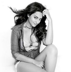 Sonakshi Sinha posing for the cameras. #Bollywood #Fashion #Style #Beauty #Hot