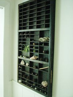 I need to do this, because even as an adult I bring home rocks and twigs from walks. :) Nature box, via Pure Style Home