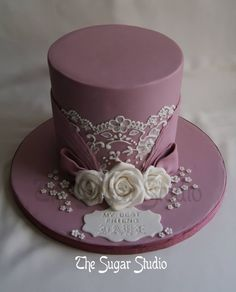Single layer, Purple cake with White Lace and Roses