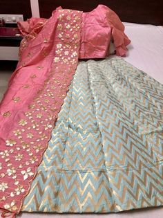 Indian Fashion Dresses, Indian Bridal Outfits, Indian Gowns Dresses, Indian Designer Outfits, Pakistani Dresses, Banarasi Lehenga, Indian Lehenga, Silk Dupatta, Brocade Lehnga