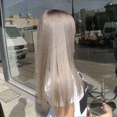 Medium Blonde Hairstyle - 40 Beautiful Blonde Balayage Looks - The Trending Hairstyle Blonde Hair Looks, Brown Blonde Hair, Ashy Blonde, Platinum Blonde, Ashy Hair, Light Ash Blonde, Medium Blonde, Hair Medium, Ombre Hair