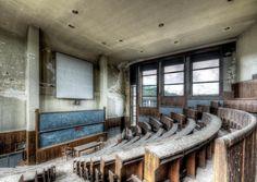Motivkalender 2016 - verlassene Orte - Lost Places - abandoned university