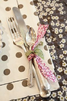 Wedding table details ideas - Wedding Colours, Wedding Themes, Wedding colour palettes