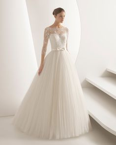 Browse beautiful Rosa Clara wedding dresses and find the perfect gown to suit your bridal style. Rosa Clara Wedding Dresses, Modest Wedding Gowns, Elegant Wedding Dress, Wedding Bridesmaid Dresses, Dream Wedding Dresses, Bridal Dresses, Wedding Dress Pictures, Bridal Style, Wedding Styles