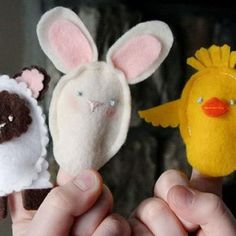 """DIY Easter Finger Puppets (I bet you could adjust the size of it by making the """"neck"""" longer and then using them as lollipop covers and tie a ribbon around it)"""