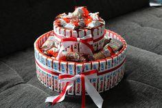 Kinderriegel Torte beklebt auf Karton ideal zum verschenken