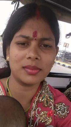 Beautiful Girl In India, Beautiful Women Over 40, Beautiful Blonde Girl, Beautiful Girl Photo, Women Friendship, Girl Number For Friendship, Desi Girl Image, Beautiful Girl Image, Arabian Beauty Women