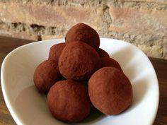 trufas de chocolate Potatoes, Vegetables, Food, Chocolate Truffles, Vegetable Recipes, Eten, Veggie Food, Potato