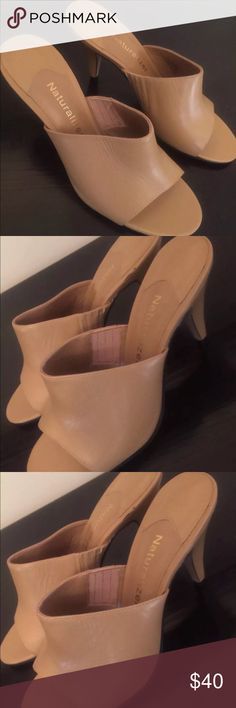 Naturalizer Peep Toe Tan Slingback leather Size 5M Women's Naturalizer Peep Toe Peanut Butter Slingback Pump leather heel Size 5M  Product Description • Naturalizer Peep Toe Shoe • Size 5M • Peanut Butter Color • Slingback • Perfect Year Around Color • Brand New Naturalizer Shoes Heels