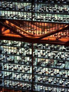 Foster + Partners · Hong kong and Shanghai Bank Headquarters. Hong Kong · Divisare