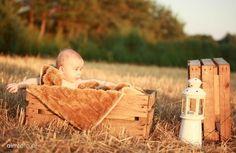 Piękne zdjęcia to prezent na lata...podaruj sobie i swoim bliskim niezapomnianą pamiątkę! Zapraszamy na sesje dziecięce, niemowlęce i noworodkowe. Gwarantujemy indywidualne podejście, ciekawe pomysły i unikatowe aranżacje. Tylko teraz sesja fotograficzna plus fotoksiążka w promocyjnej cenie! Sprawdź nas na www.aimfoto.pl oraz na www.facebook.com/aimfoto