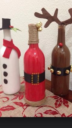 Christmas crafts from old wine bottles holidays decorations xmas merry christmas christmas pictures christmas crafts christmas decorations happy holidays wine bottles Old Wine Bottles, Wine Bottle Crafts, Bottle Art, Glass Bottles, Soda Bottles, Bottle Painting, Juice Bottles, Plastic Bottles, Homemade Christmas Decorations
