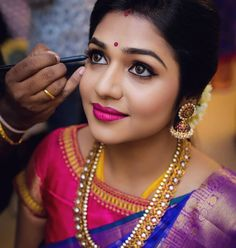Makeup artist brews magic on every bride's big day! They understands the bridal needs and brings out nothing, but the best. Doing makeup to… Bride Makeup, Wedding Makeup, Indian Wedding Hairstyles, Bridal Hairstyles, Fashion Hairstyles, Saree Hairstyles, Open Hairstyles, Updo Hairstyle, Indian Bridal Makeup
