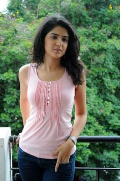 Actress Deeksha Seth Latest hot Stills Beautiful Girl Indian, Most Beautiful Indian Actress, Most Beautiful Women, Lovely Girl Image, Cute Girl Pic, Beautiful Bollywood Actress, Beautiful Actresses, Beauty Full Girl, Beauty Women